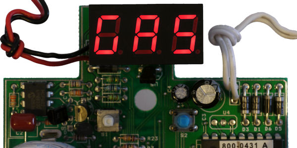 Gas detection displayed on LED