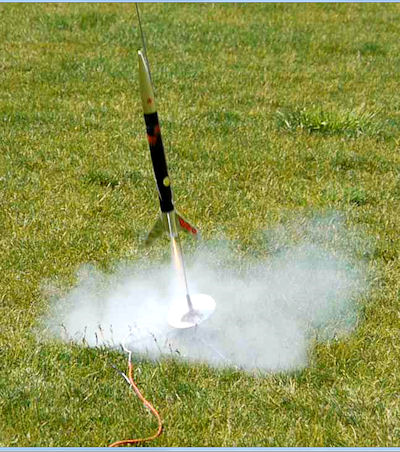 Angled-rocket-launch-to-compensate-for-the-wind.jpg