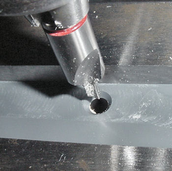 Countersinking lip on a milling machine