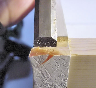 Incorrect chisel direction breaks off large end chunk
